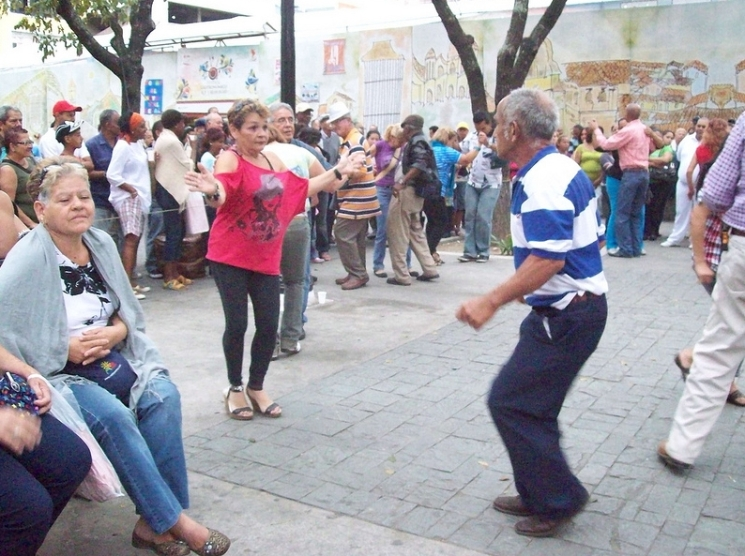 gente bailando p venezolano